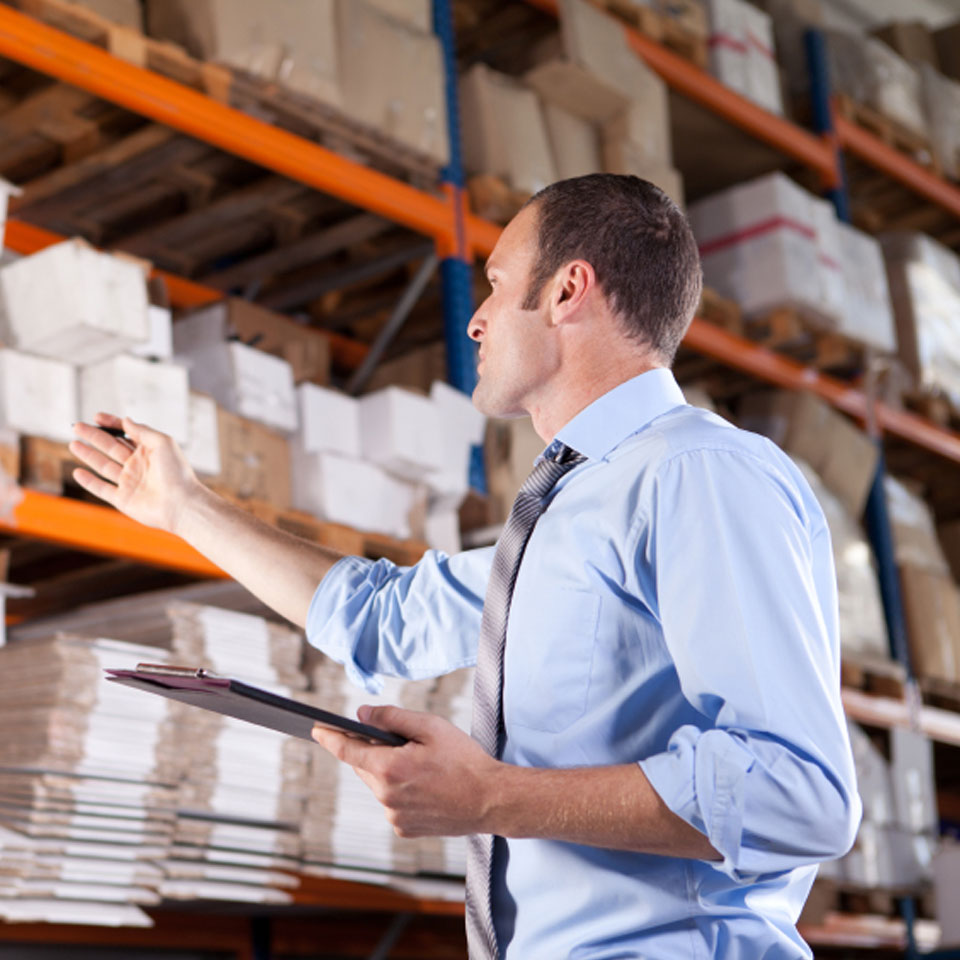 stock-photo-17376317-young-warehouse-businessman_20-40credits